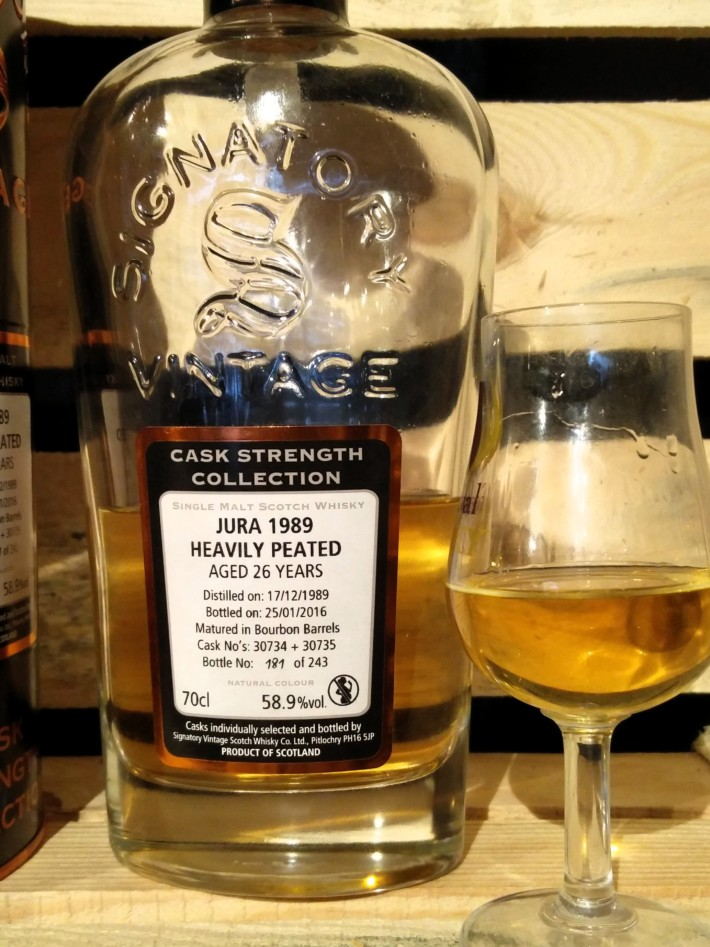 Signatory Isle of Jura 1989  Heavily Peated - 26 Year Old