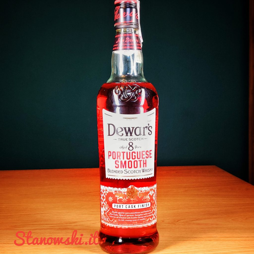 Dewar's 8 Portuguese Smooth Port Cask Finish